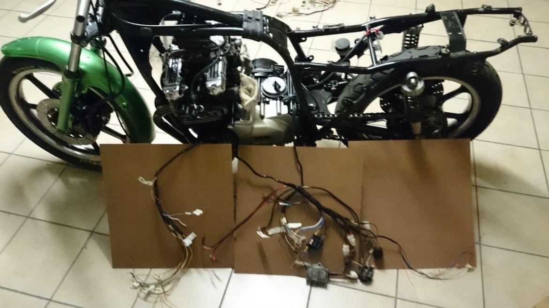 Kawasaki Z750 E Brat Build Rsa